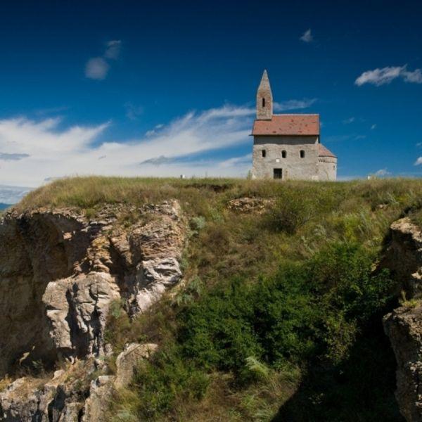 Kostol sv. Michala Archanjela Dražovce
