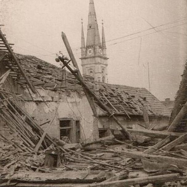 Bombardovanie v roku 1945 v Nitre
