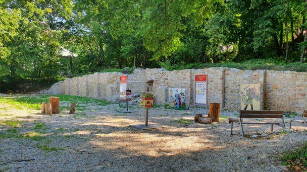 Upratovanie Zoborského kláštora